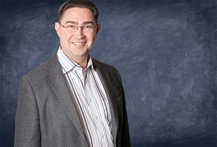 Peter Nielsen, Programme Assistant