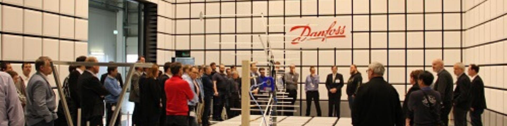 forsamling ved Danfoss