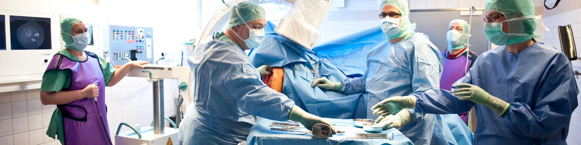 Operationssaal während einer OP